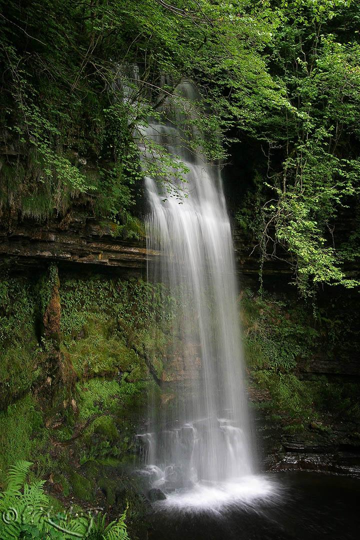 Glencar_falls-c85